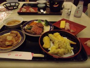 ホテル櫻井 夕食バイキング