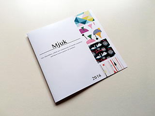 「Mjuk」のパンフレットデザイン表紙
