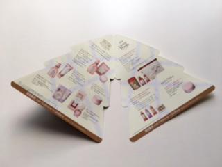 「HOUSE OF ROSE」クリスマス商品のパンフレットデザイン中面