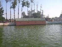 寺院の池4