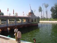寺院の池6