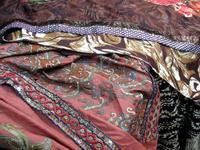 プリント柄と刺繍生地