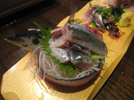 六本木ヒルズ 六蔵で秋刀魚のお刺身