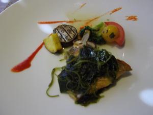 スズキの海藻ソース