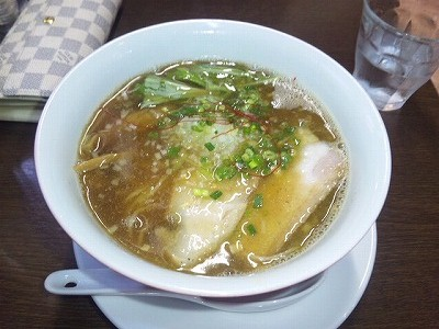 にぼし醤油らぁ麺@麺や維新
