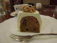 「 カフェラルゴ 」の「 キャロットケーキ 」